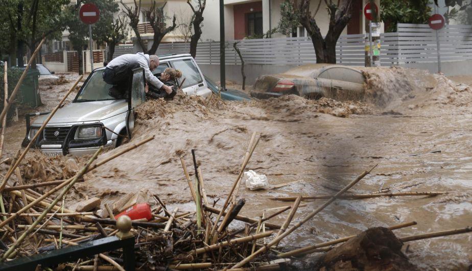 Caos en Grecia e Italia por un temporal inesperado 105997